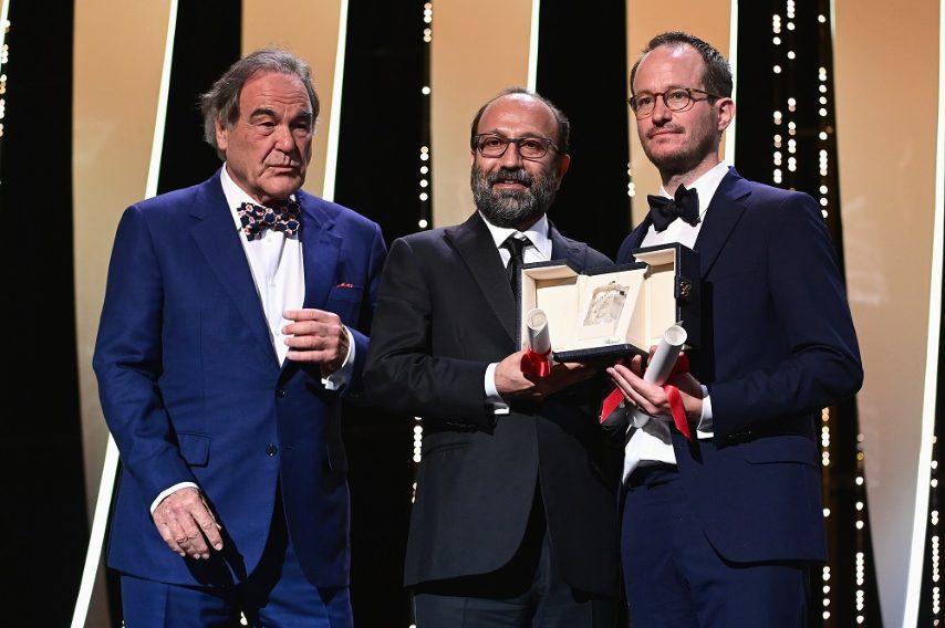 Grand Prix Speciale della Giuria: ex-æquo Asghar Farhadi per Ghahreman (A Hero) e Juho Kuosmanen per Hytti N°6