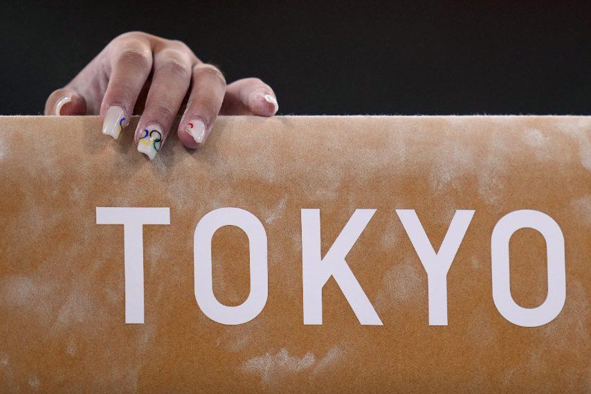 Jordan Chile con la nail art a tema olimpico