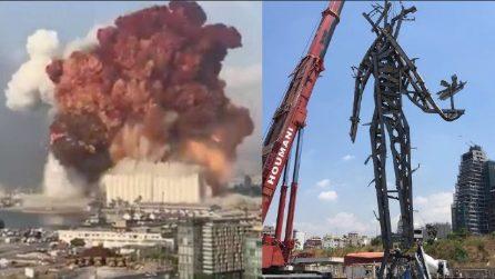 Beirut, la statua simbolica nel luogo della violenta esplosione che distrusse il porto