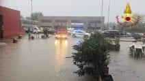 Ritorna il maltempo a Como, strade chiuse e torrenti esondati