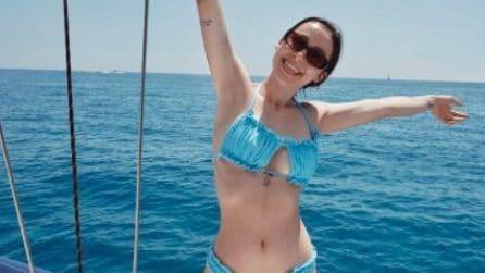 Aurora Ramazzotti in vacanza: i costumi più belli dell'estate 2021