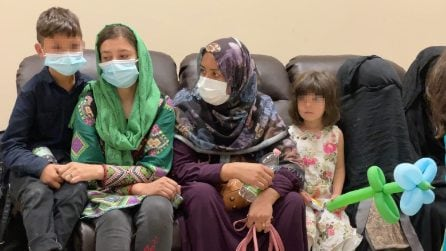 A Napoli arrivano i primi profughi dall'Afghanistan