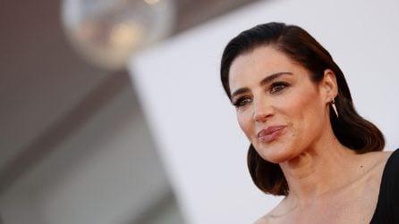 Gli hair look delle star al Festival del Cinema di Venezia: il caschetto è la tendenza capelli per l'autunno 2021