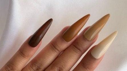 Le unghie XL a stiletto per l'autunno 2021