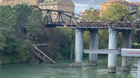 Incendio Ponte di Ferro, le immagini della struttura devastata dal rogo