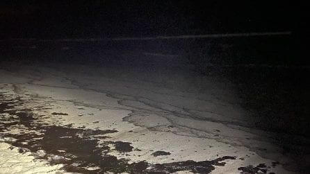 500 mila litri di petrolio in mare, disastro ecologico sulle coste di Orange County in California