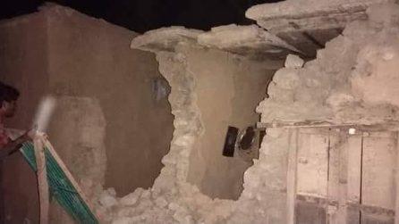 Forte terremoto in Pakistan, le immagini del disastro