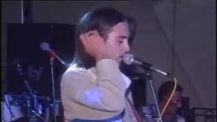 Giuliano Sangiorgi esordiente, canta Nek a soli 17 anni