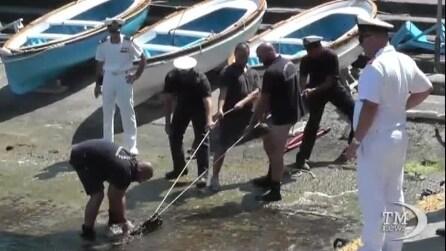 Capri, blitz della guardia costiera contro gli ormeggi abusivi