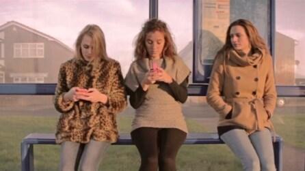 Look Up: la poesia che vi farà odiare il telefonino e i Social Media