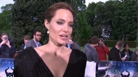 Jolie a Londra per 'Maleficent' dedica pensiero a donne rapite in Nigeria