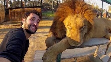Giro del mondo in 600 giorni raccontato con video selfie a 360°