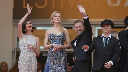 Parata di star sul red carpet per apertura del festival di Cannes