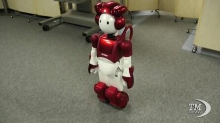Dal Giappone EMIEW2, il primo robot con il senso dell'umorismo