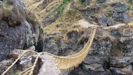 Perù, ponte realizzato in corde è Patrimonio dell'Umanità