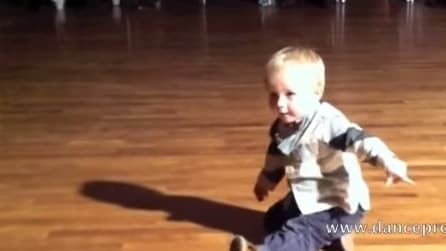 Il paso doble del ballerino più piccolo del mondo