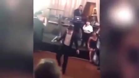Ecco cosa succede quando un 11enne sfida il padre a colpi di danza