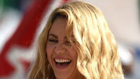 Shakira ringrazia i 100 milioni di fan su Facebook