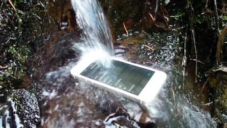 Impervious, lo spray che rende resistente all'acqua l'iPhone e tutti gli smartphone