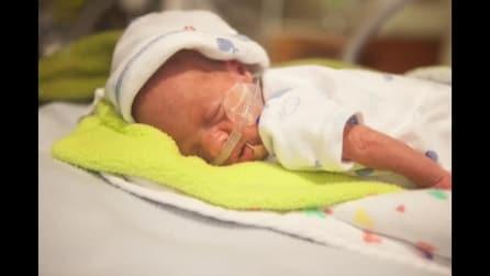 """""""Progetto 100 giorni"""", una fotografa mostra la crescita di un bimbo prematuro"""
