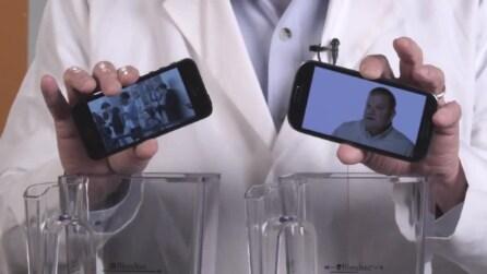iPhone 5 vs Galaxy S III: quale dei due si frulla più facilmente?