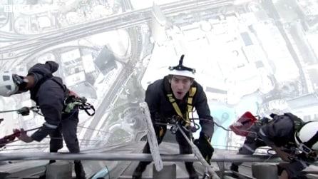Il lavavetri del grattacielo più alto del mondo