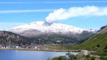 Cile, allarme rosso per eruzione vulcano Copahue