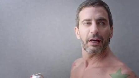 Marc Jacobs si mette a nudo nel nuovo spot di Diet Coke