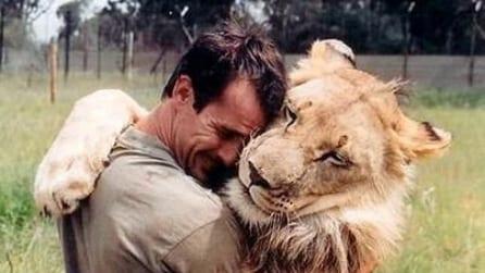 Kevin Richardson, l'uomo che dorme con i leoni