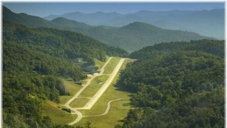 Heaven's landing, il villaggio aeroporto circondato dagli alberi