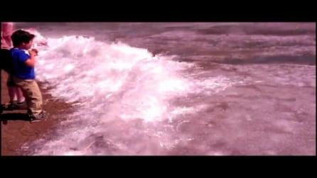 Straordinaria eruzione di ghiaccio in Canada