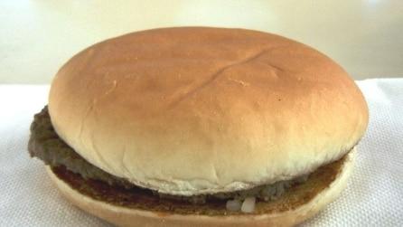 L' hamburger ha 14 anni, ma sembra appena fatto