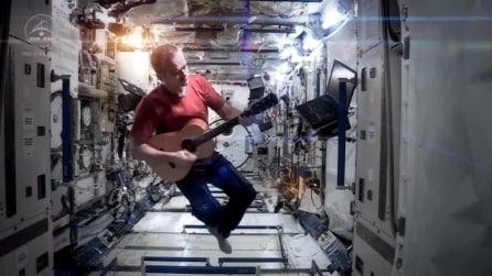 La cover di Space Oddity (David Bowie) secondo Chris Hadfield