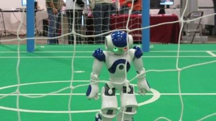 Cina, a Pechino Settimana della scienza: robot calciatori e musicisti