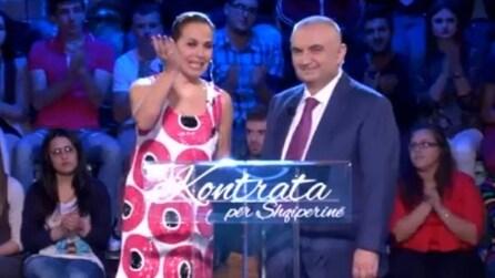 """Barbara d'Urso conduce """"Contratto per l'Albania"""" - Promo"""