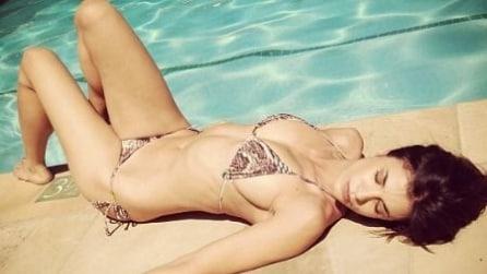 Elisabetta Canalis sexy sportiva in bikini