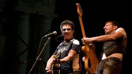 "Edoardo Bennato Live - ""Chi non salta"""
