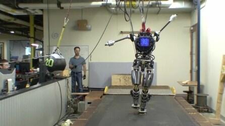 Atlas, il nuovo robot della Darpa che sembra umano