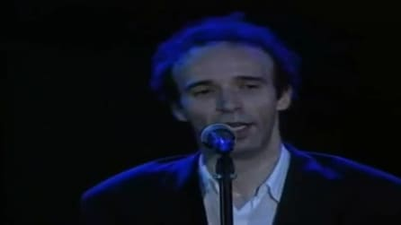 """Roberto Benigni canta """"Quanto t'ho amato"""", scritta assieme a Vincenzo Cerami e Nicola Piovani"""