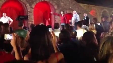 Siani e lo spettacolo annullato a Pompei, il video integrale