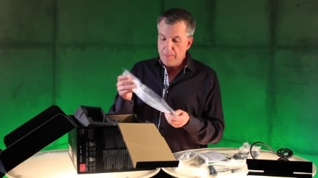 La parodia dell'Unboxing di Xbox One