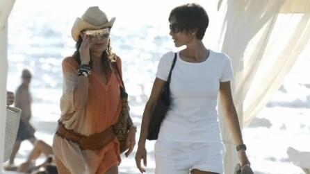 Mara Carfagna e Daniela Santanché insieme in spiaggia