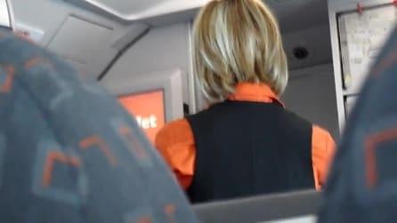 Lo steward di easyJet e la bambola voodoo