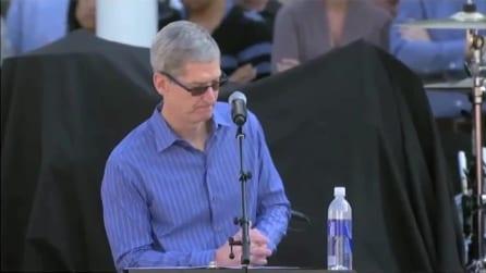 "Steve Jobs recita lo spot ""Think Different"""