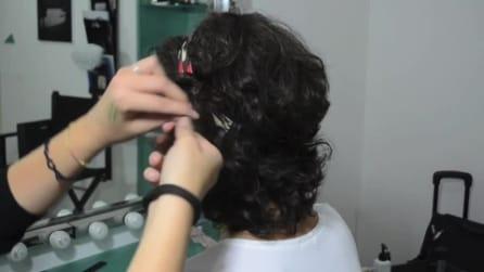 Come realizzare un'acconciatura facile e veloce per capelli ricci