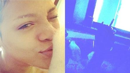 Rihanna hot su instagram: fuma una canna nuda mentre fa il bagno