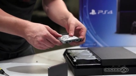 Come installare un hard disk su PS4