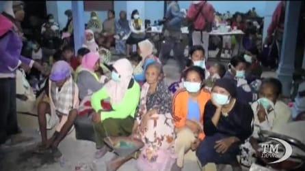 Il vulcano Kelud fa paura: morti e 200 mila in fuga