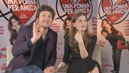 """""""Una donna per amica"""": una clip esclusiva con Fabio De Luigi e Laetitia Casta"""