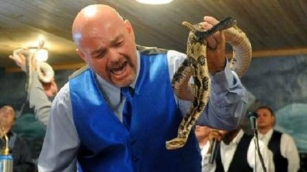 Jamie Coots, il domatore di serpenti è morto per un morso di uno dei suoi stessi serpenti